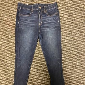 American Eagle hi-rise Dream Jean